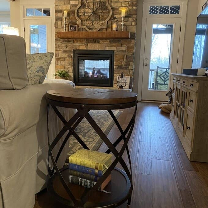 Review photo of the distressed pine end table