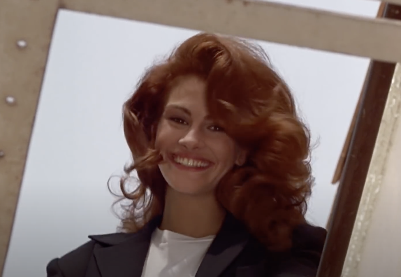 Julia Roberts smiles in Pretty Woman