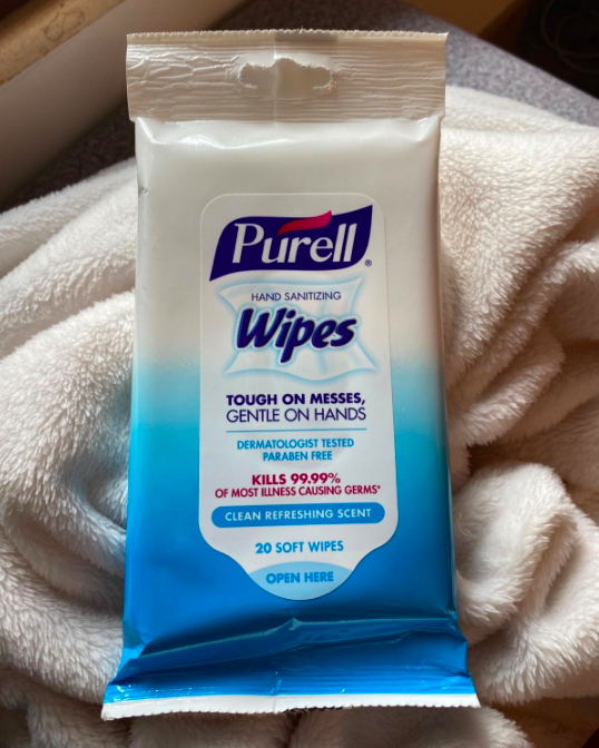 A customer review photo of the pack of wipes