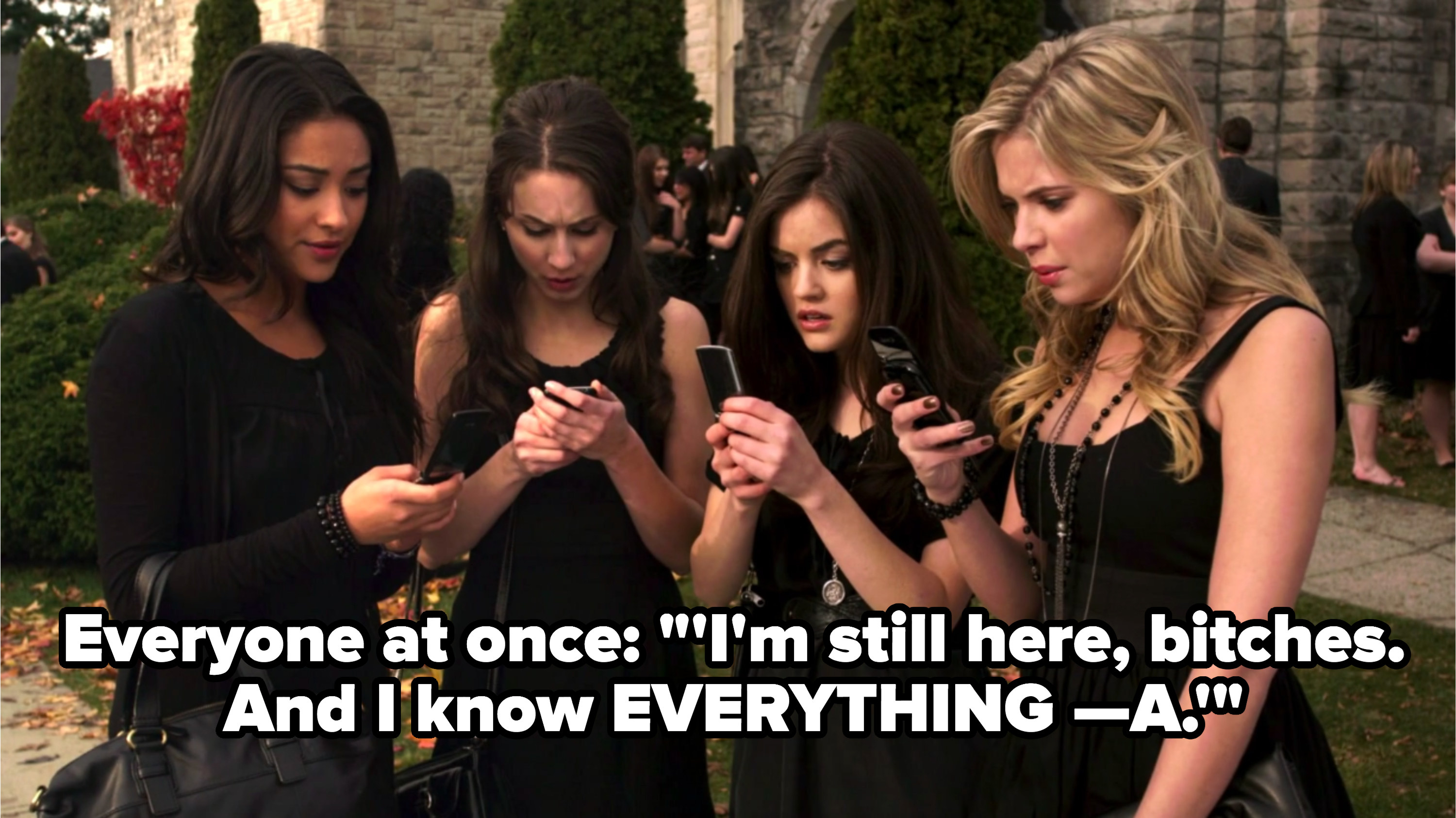 all of the girls reading A's text after Alison's funeral in Season 1