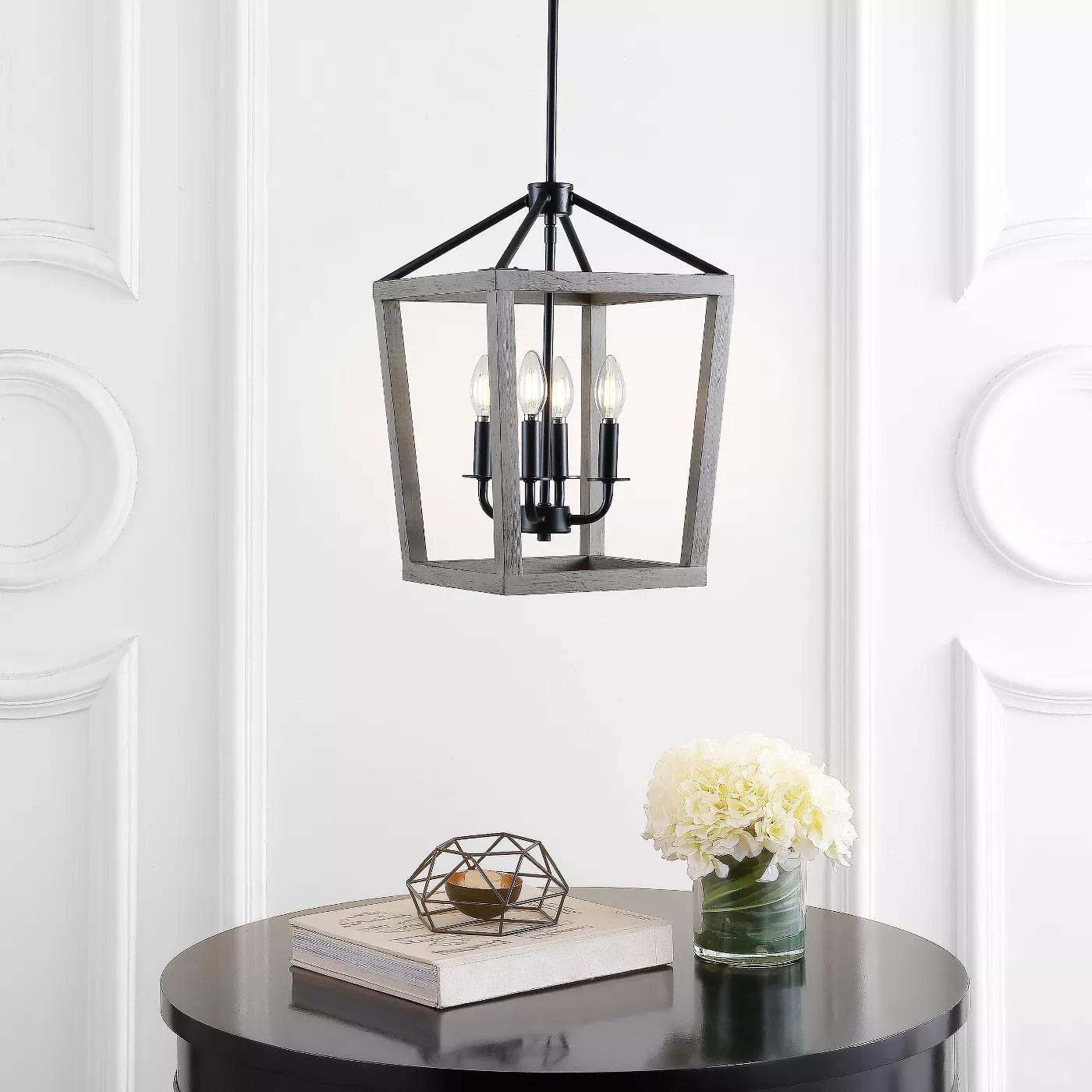 The pendant lamp