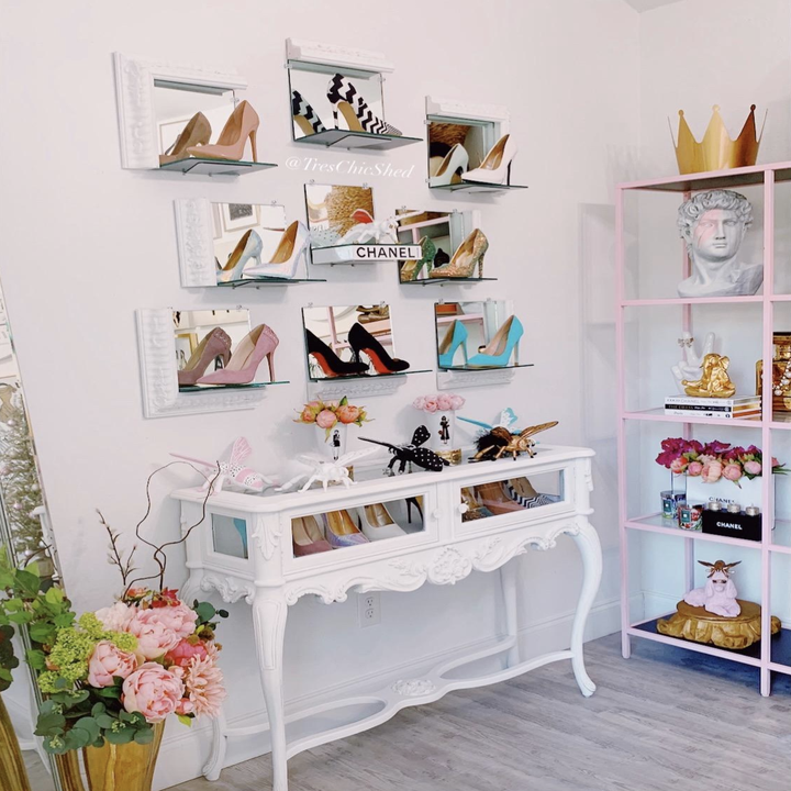 Reviewer photo of shoes displayed on the shelves