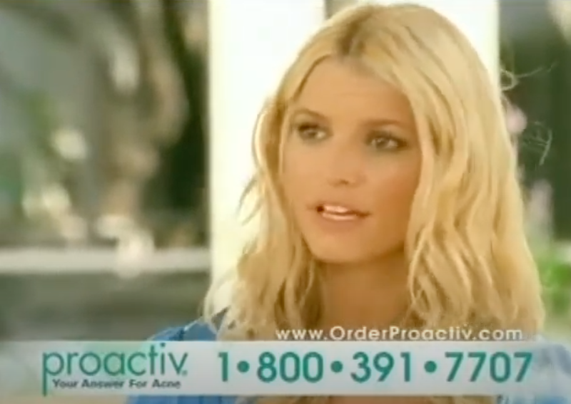 A screen shot of Jessica Simpson talking from the Proactiv commercial