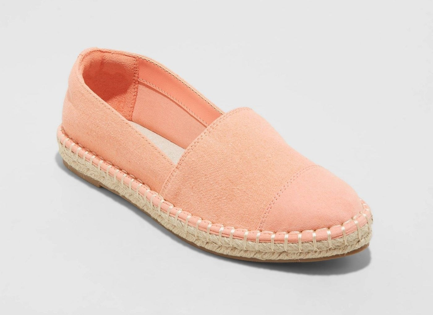 Espadrille shoes in soft pink