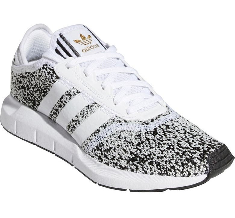 The shoe in White/Core Black/Gold Met
