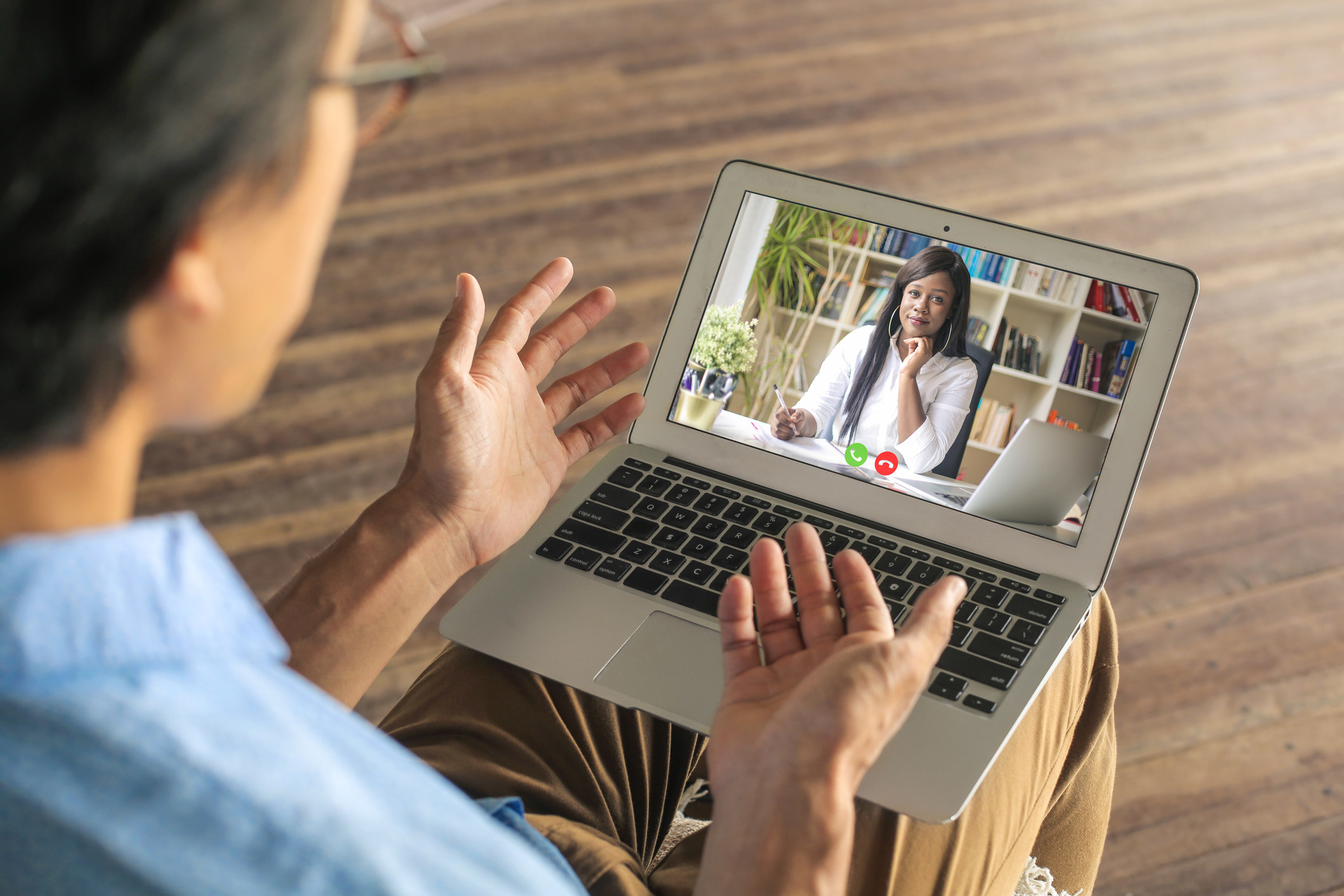 A man and a woman having therapy virtually
