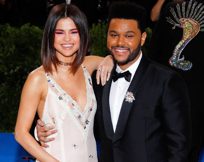 Selena poses with The Weeknd