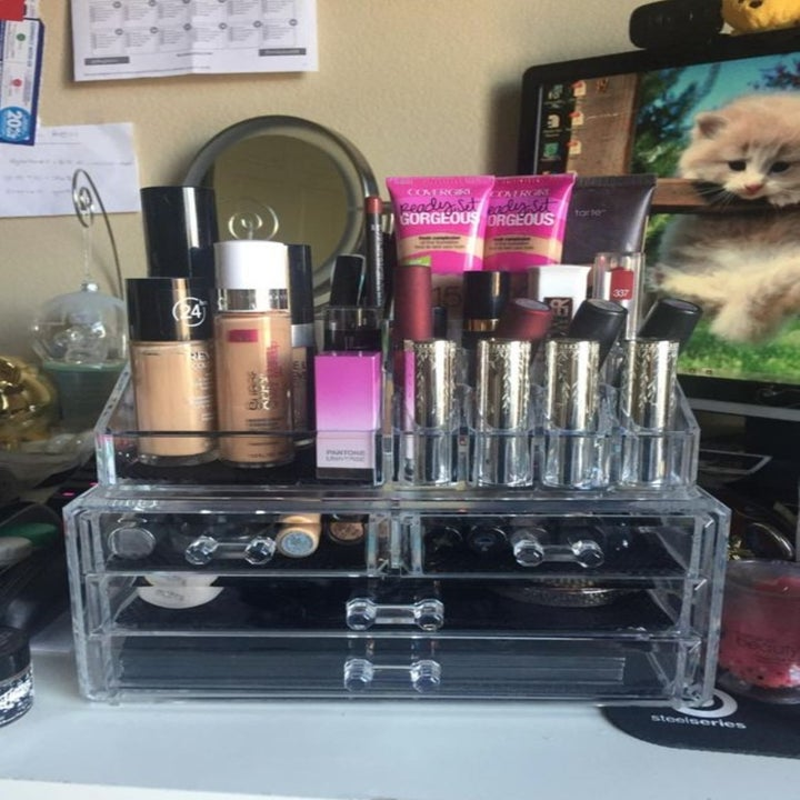 The organizer with makeup