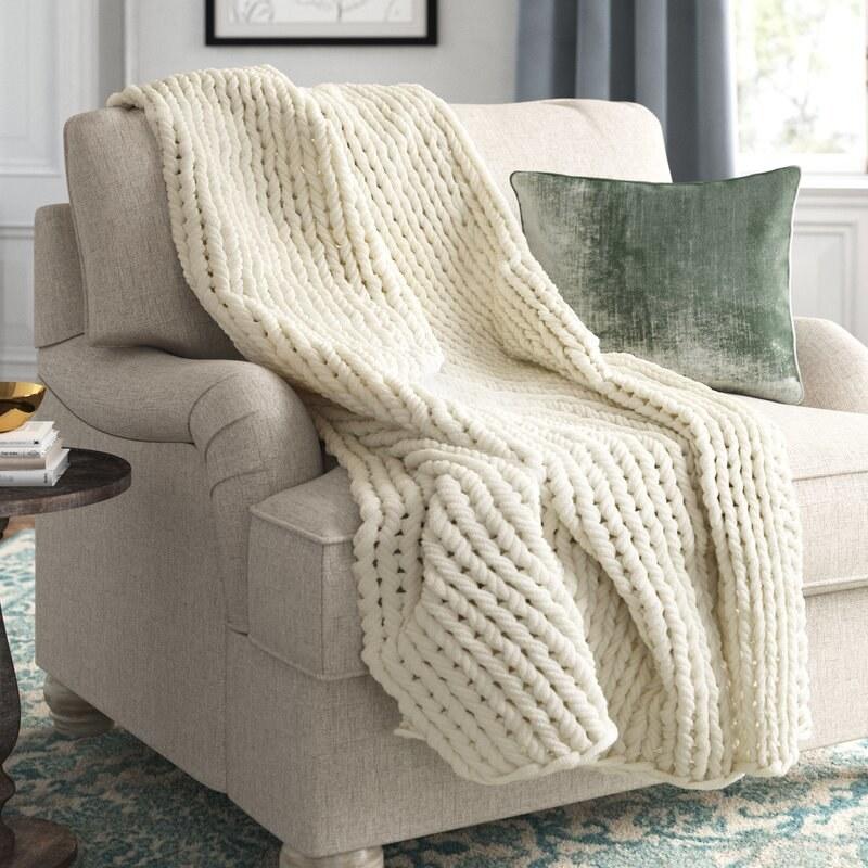 The white throw blanket