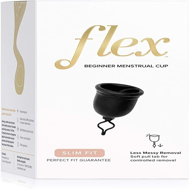 The box that the Flex Cup comes in showing a picture of the small black cup with a pull tab