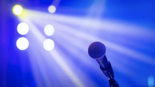 Microphone in a stage light