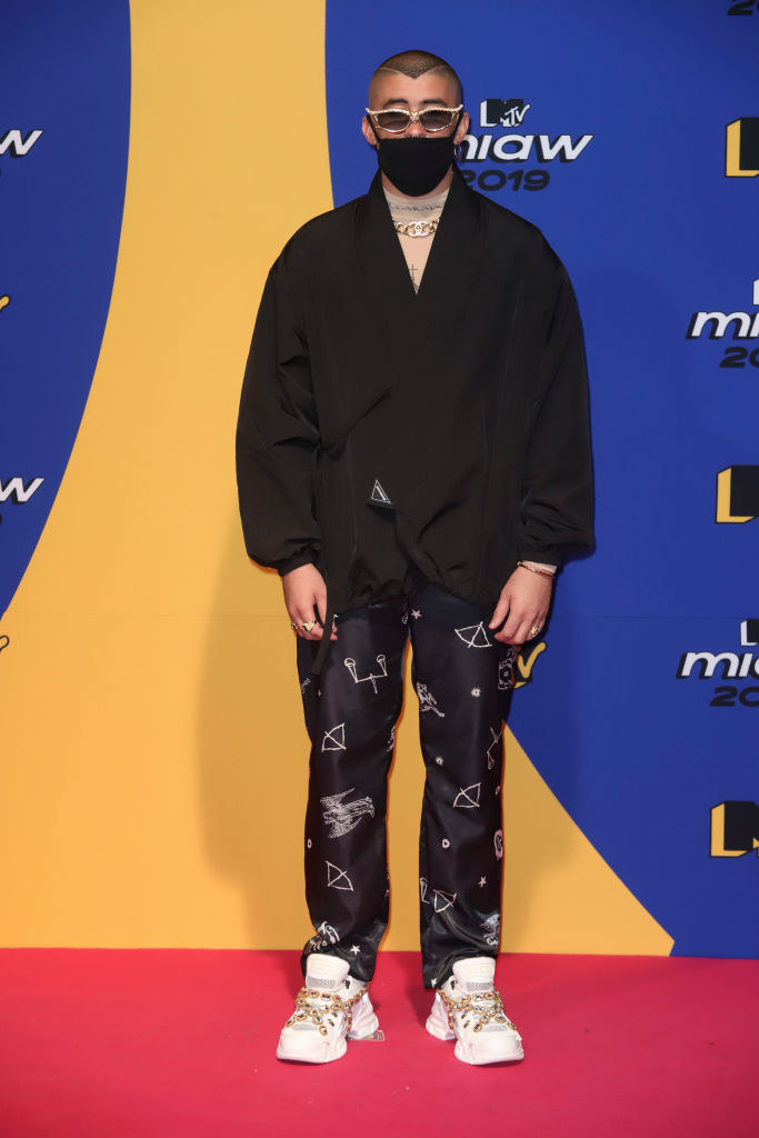 Bad Bunny wears a black mask on the red carpet at the 2019 MTV Video Music Awards