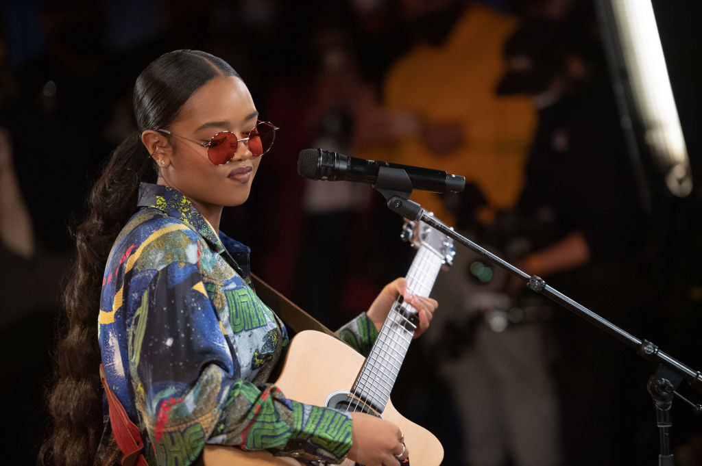 H.E.R. performs at The Apollo Theater on February 27, 2021