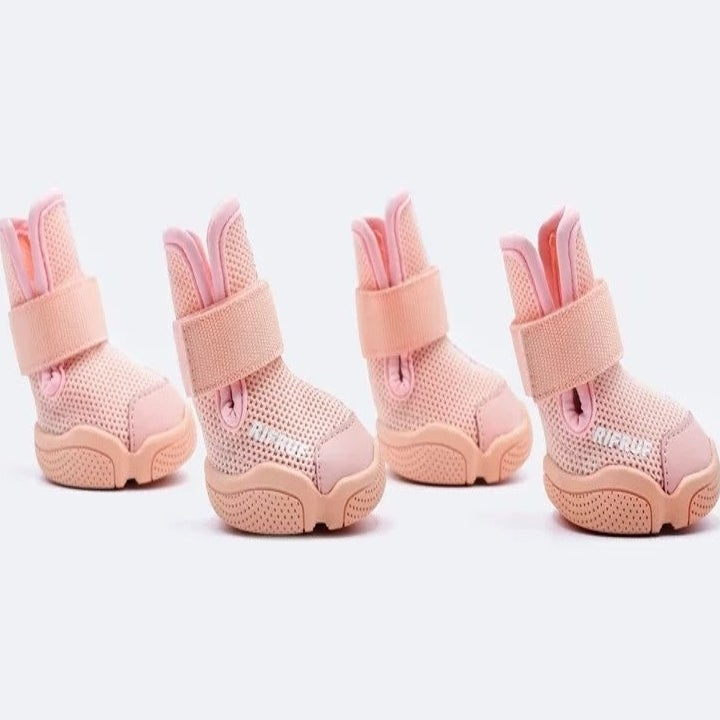 Four mesh dog sneakers in blush pink