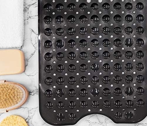 The shower mat with an extra grippy back