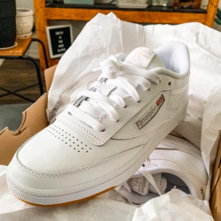 The white sneaker