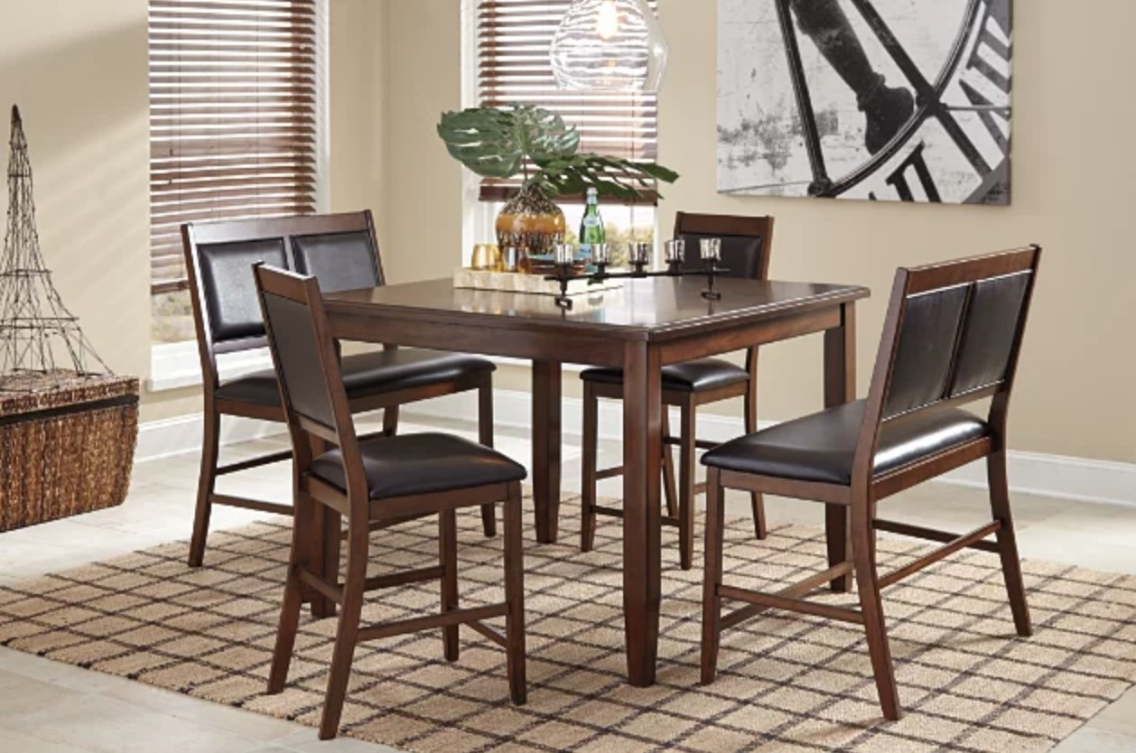 A dining table for 5