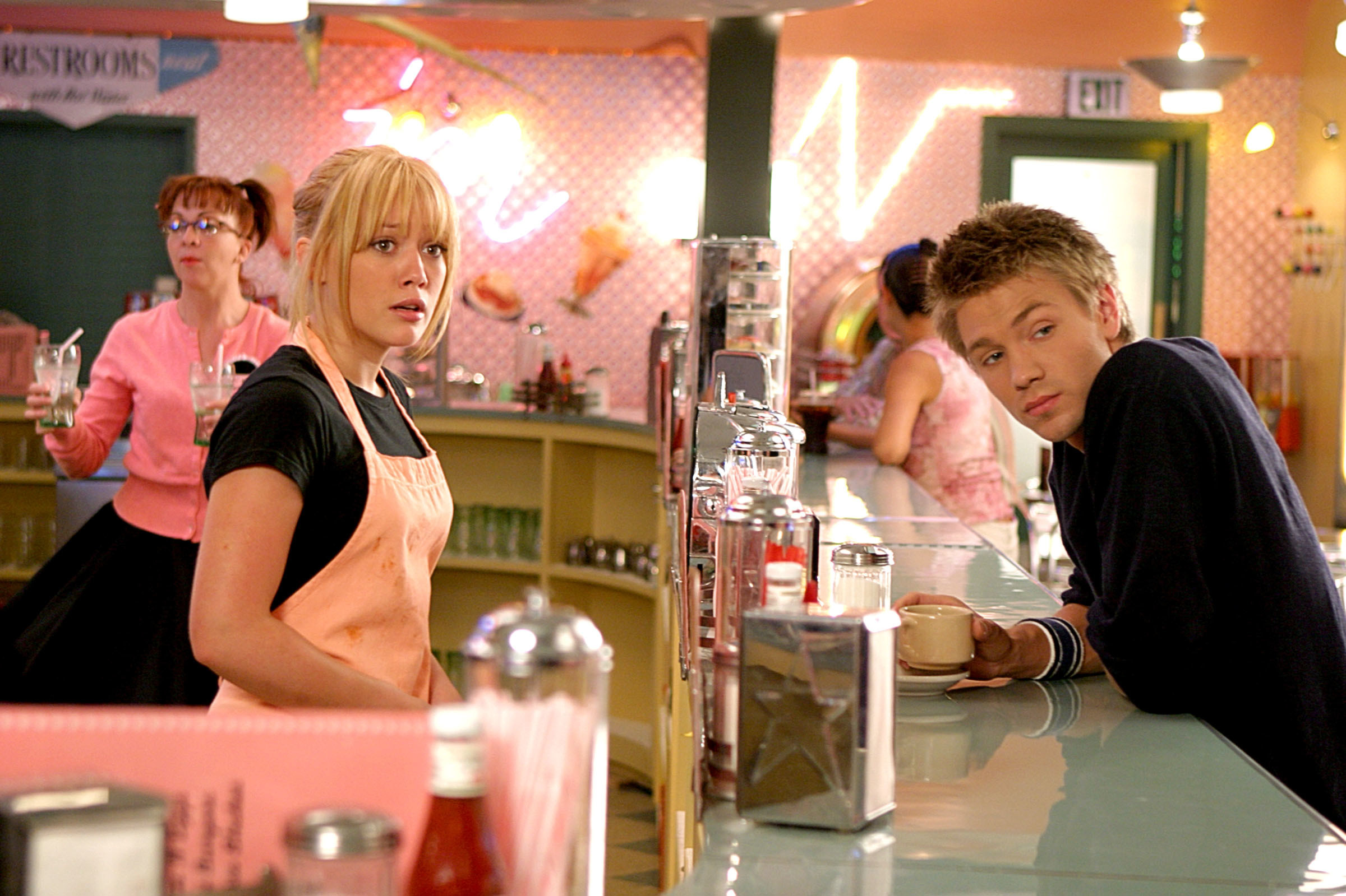 Hilary Duff and Chad Michael Murray in the movie a cinderella story