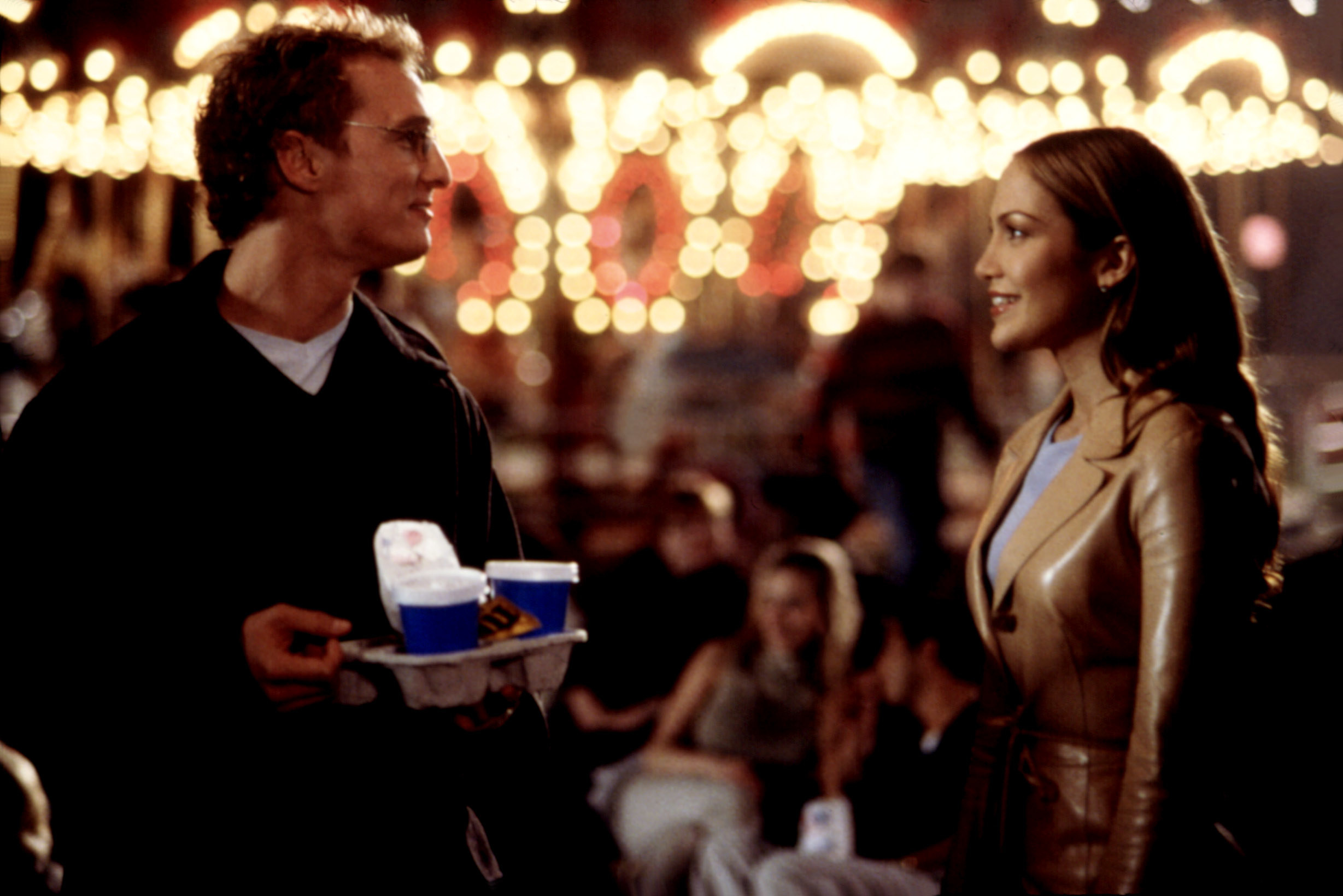 Matthew McConaughey and Jennifer Lopez in the movie the wedding planner