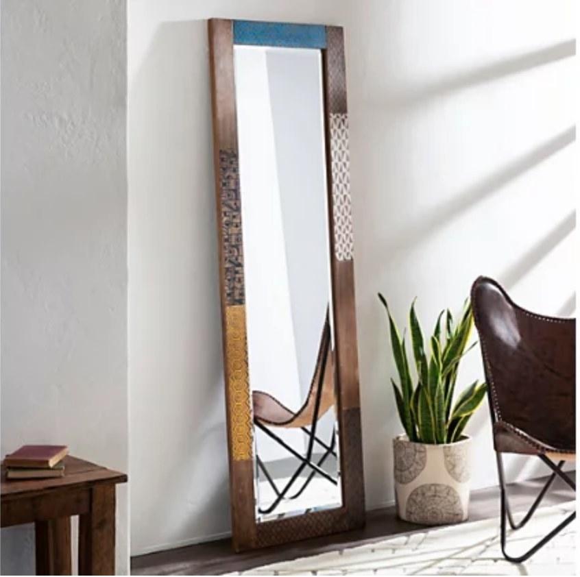 A floor length mirror