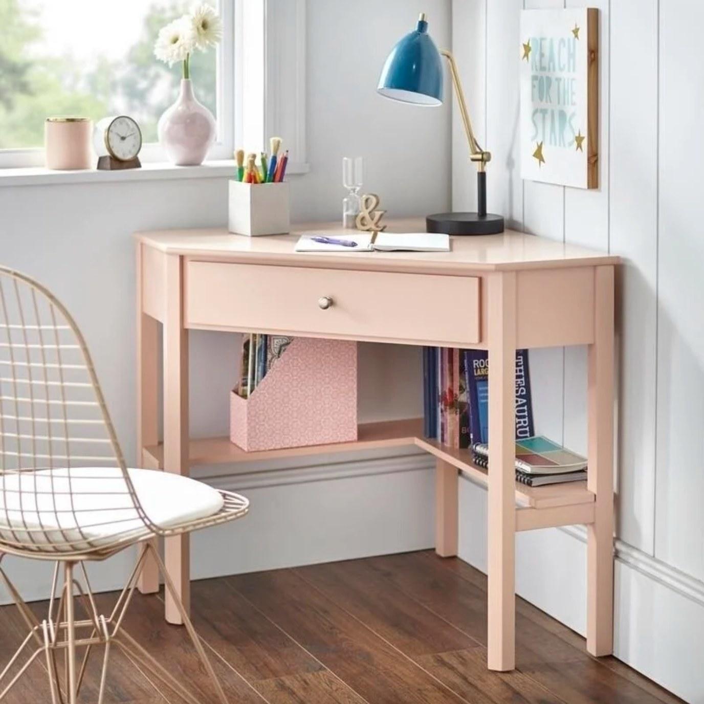 The corner desk in blush pink