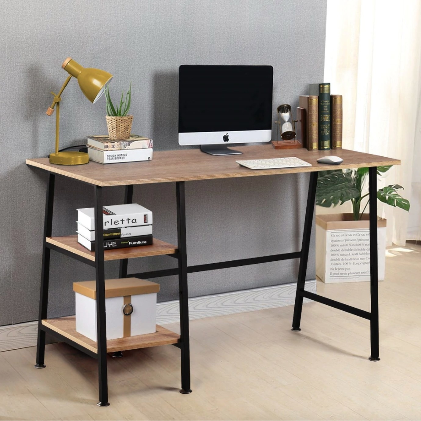 The storage desk with removeable 2 tier shelves