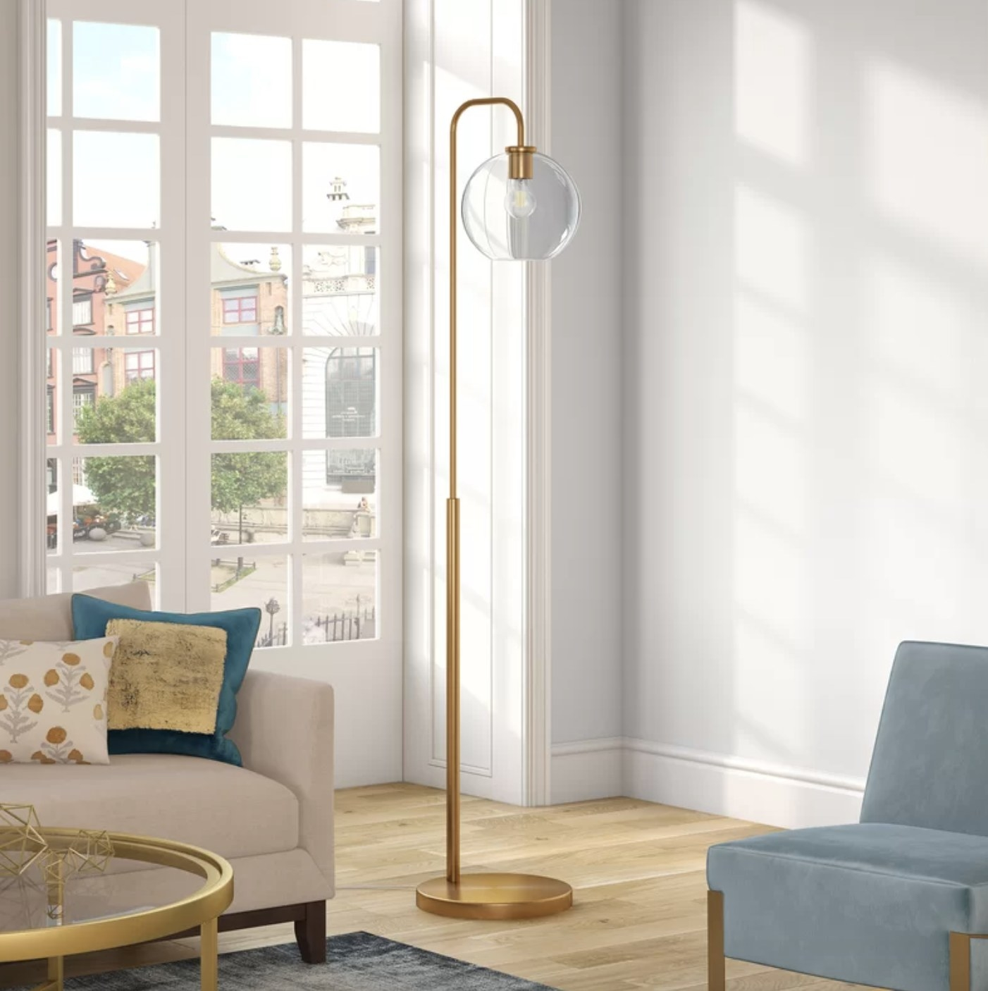 the lamp in brass with a clear shade