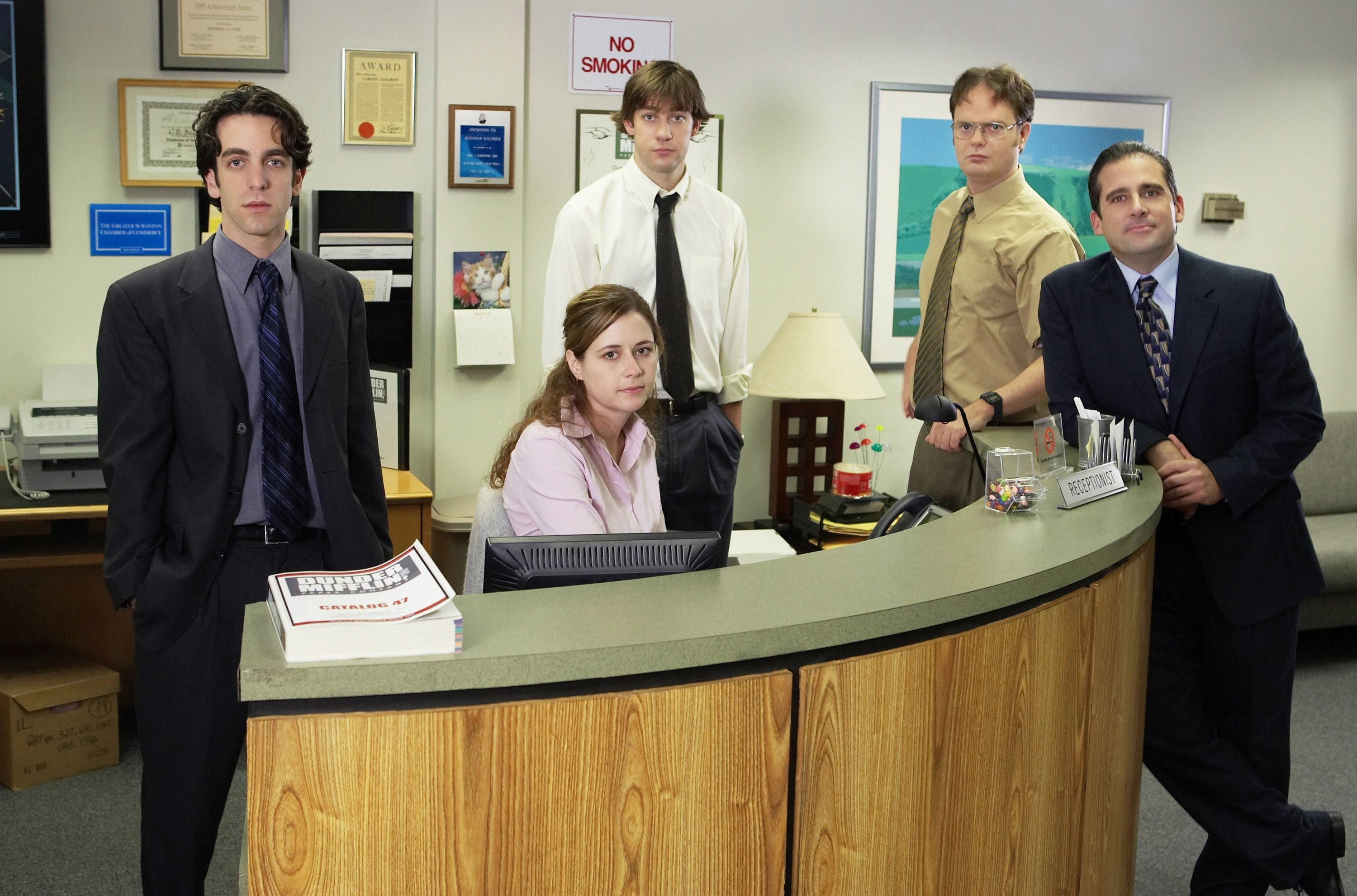 Promo photo of The Office cast from Season 1