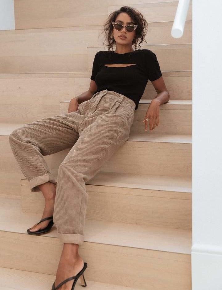 model wearing the light brown pants