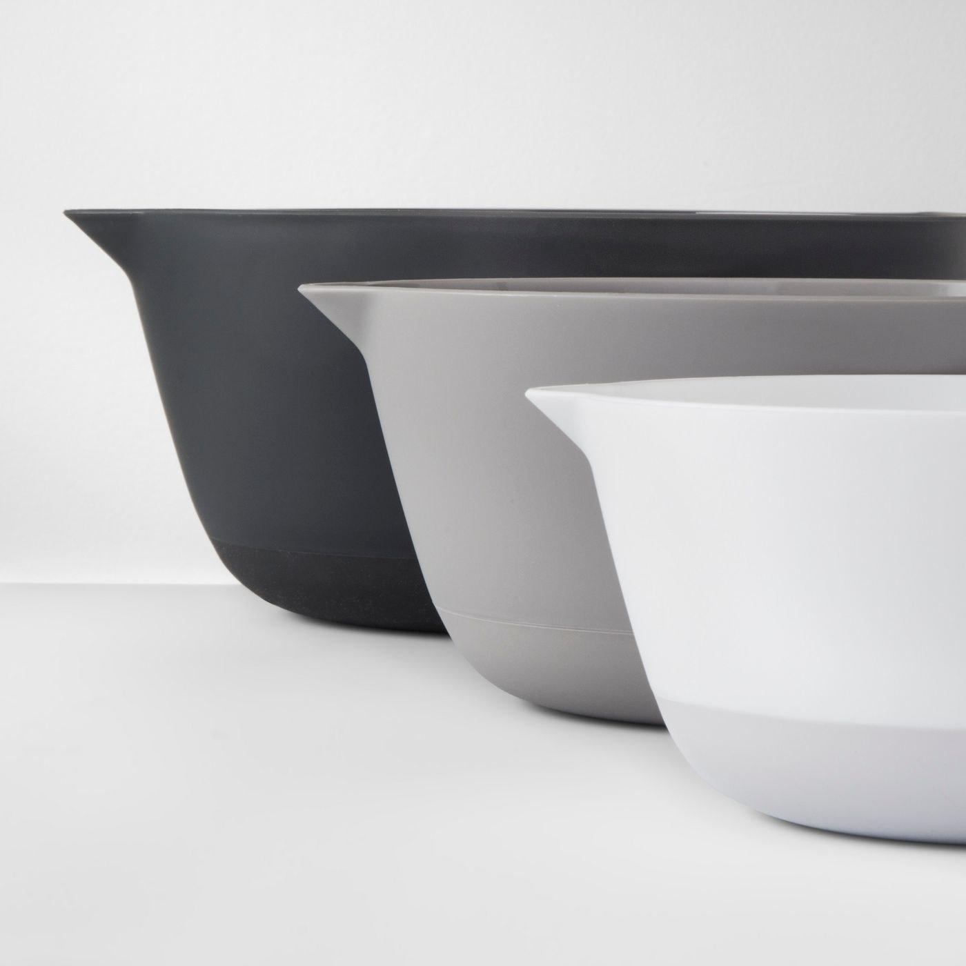 the set of three mixing bowls
