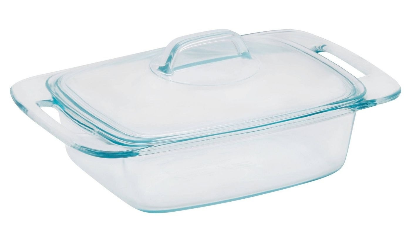 A glass cassorole dish