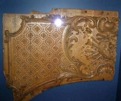 Sepotong kayu yang ditemukan dari titanic yang sebenarnya