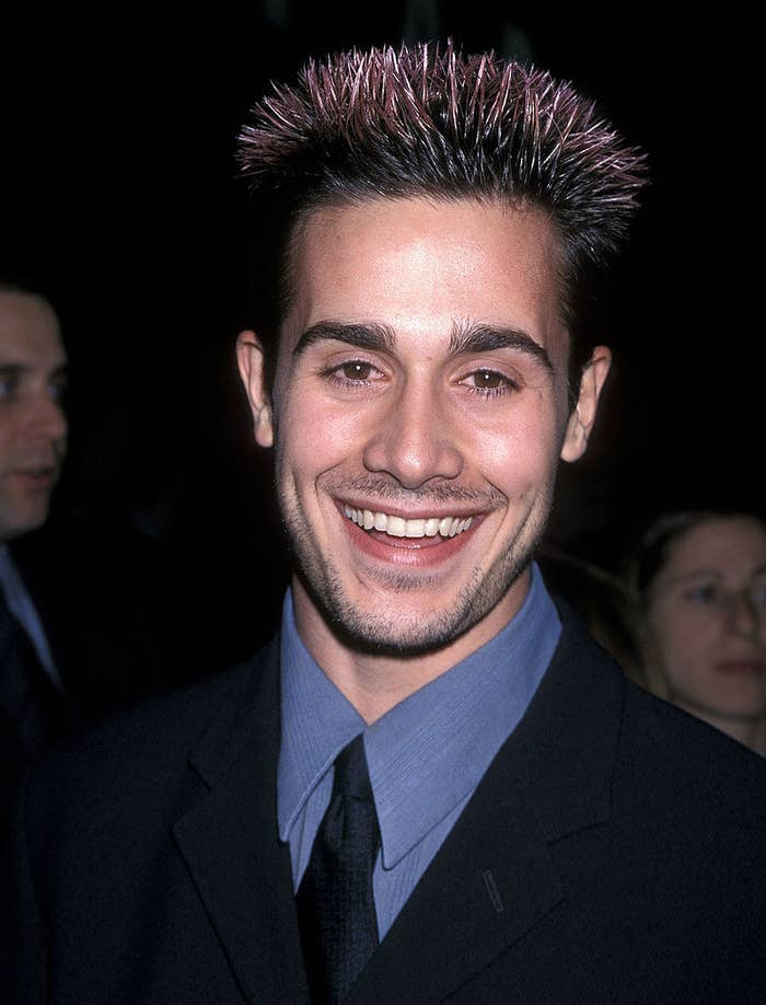 freddie prinze jr with big frosted tips