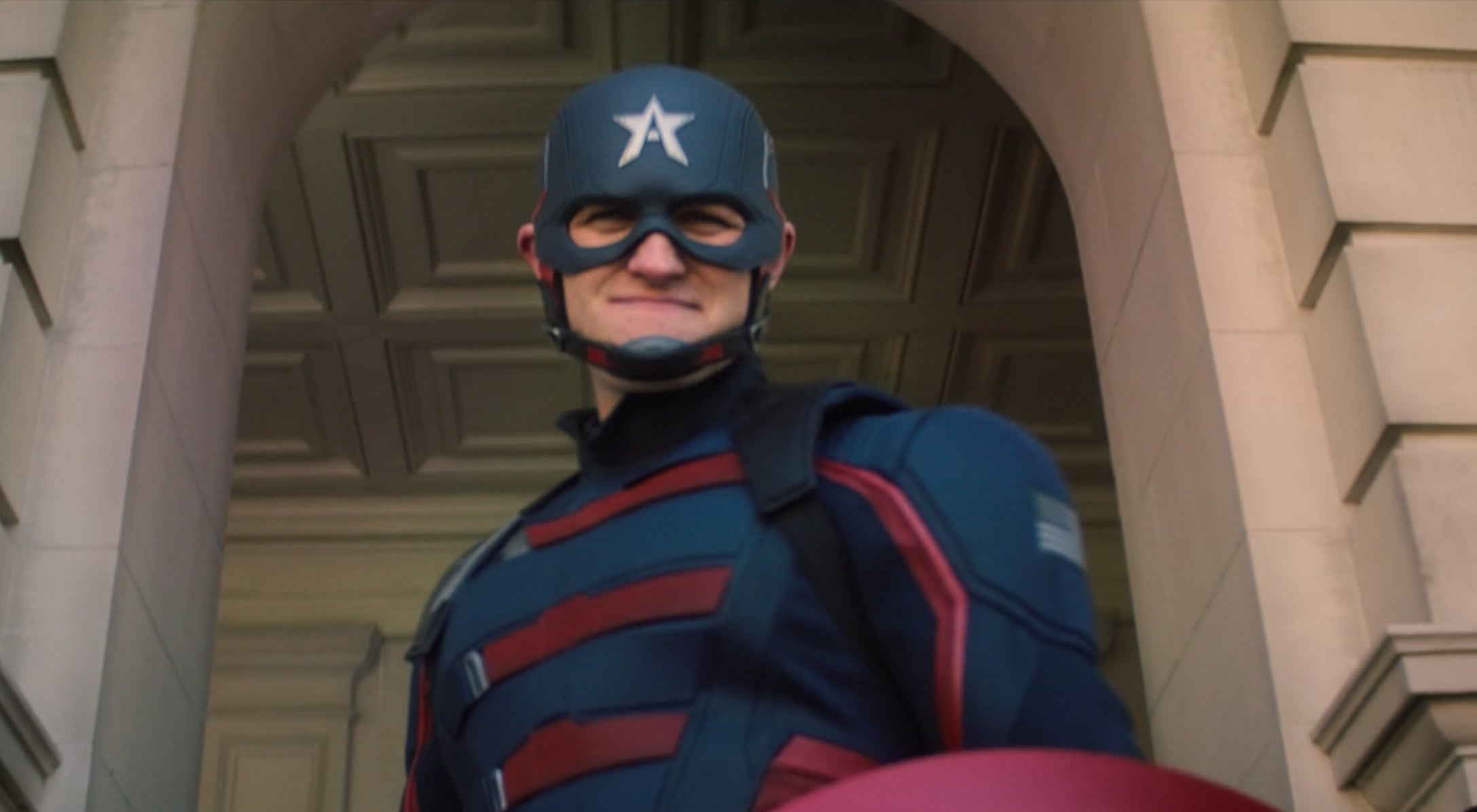 The US agent as the new Captain America