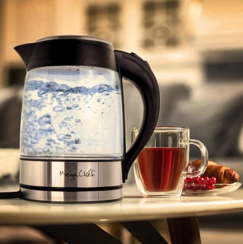 A 1.8 liter electric tea kettle