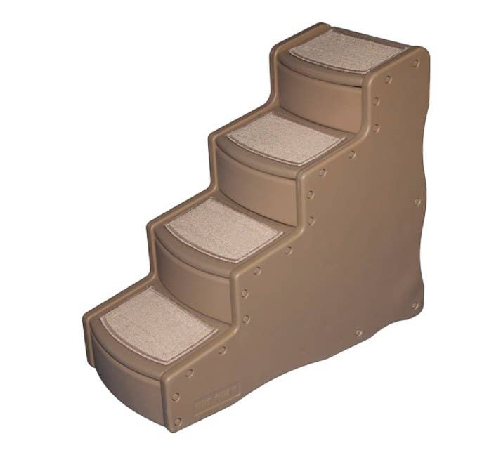 The four-step pet staircase in tan