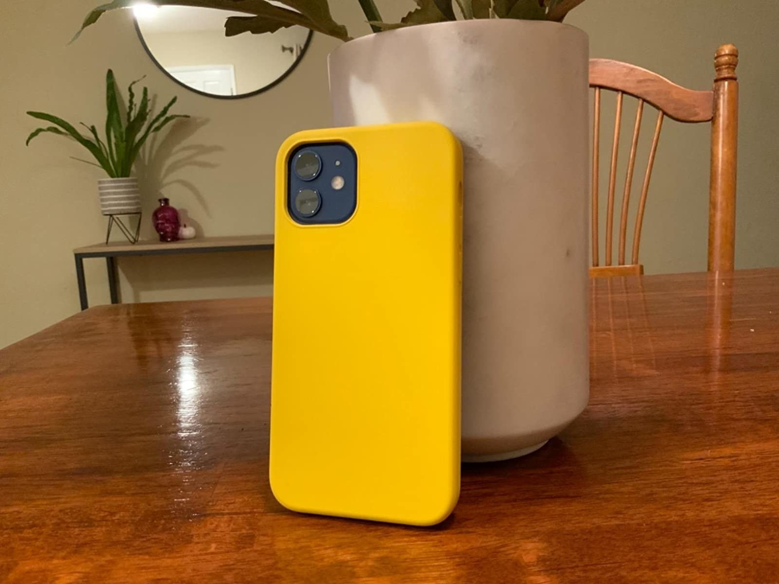 a reviewer's sunny yellow phone case