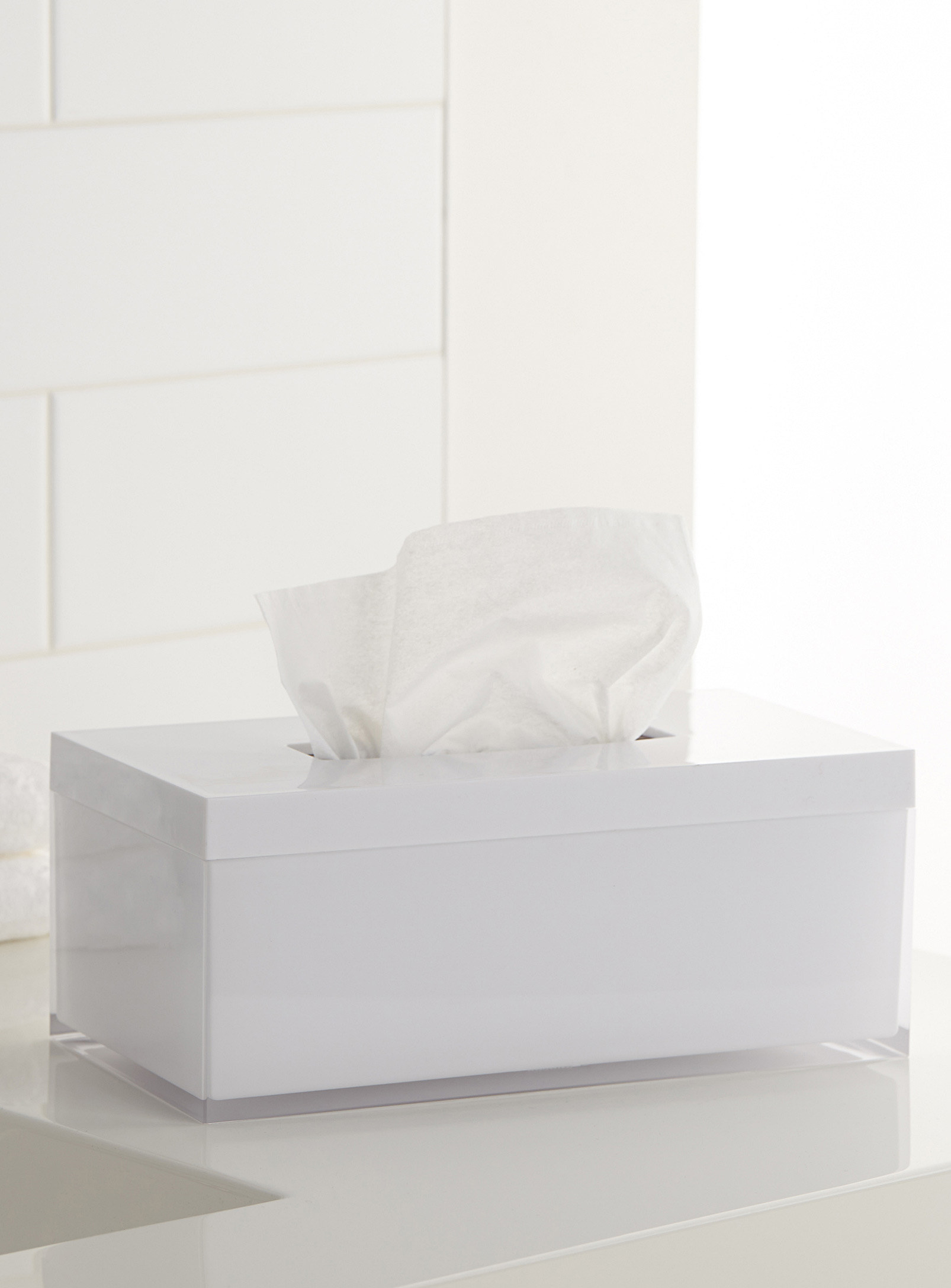 tissue box with tissues in it
