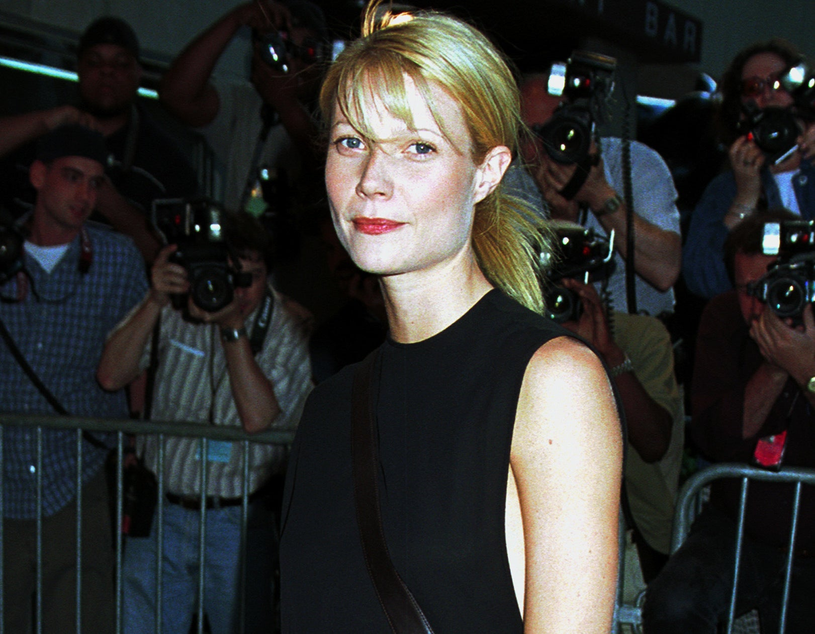Gwyneth has a subtle smile while attending a premiere in 2000