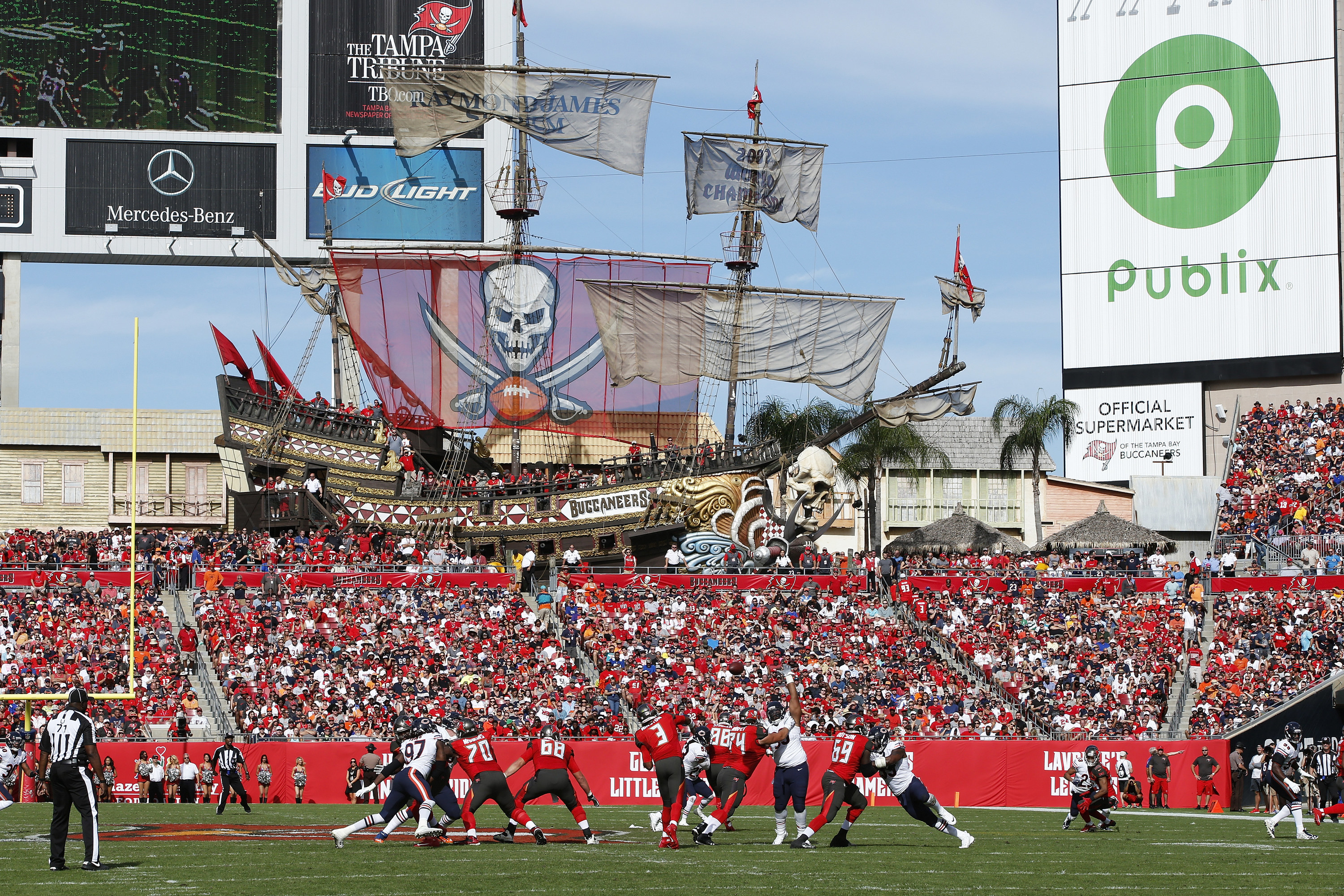 Pirate ship among the Tampa Bay fans in Raymond James Stadium.
