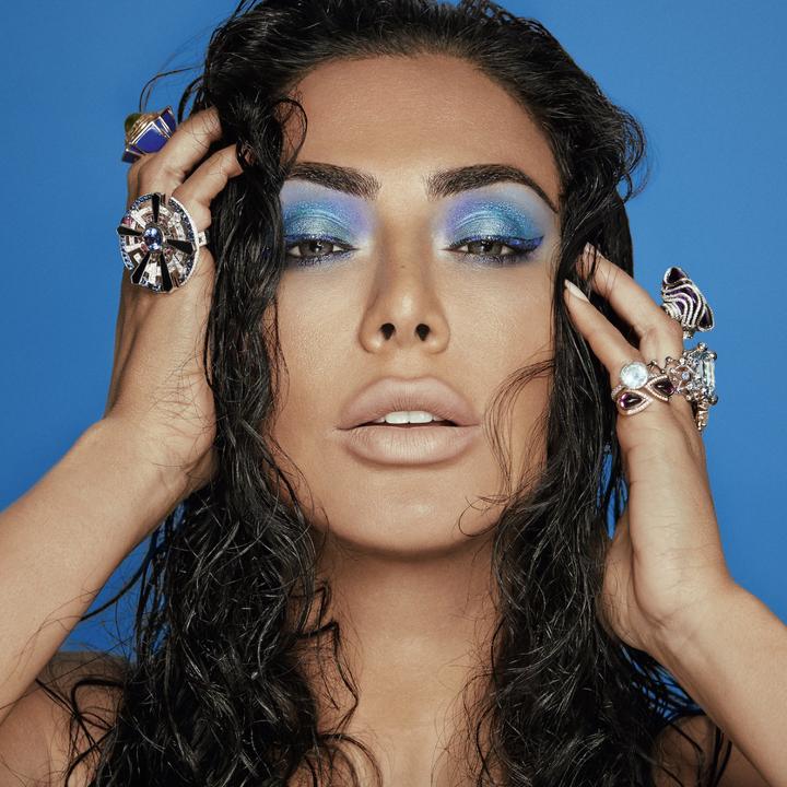 model wearing the sapphire eyeshadow