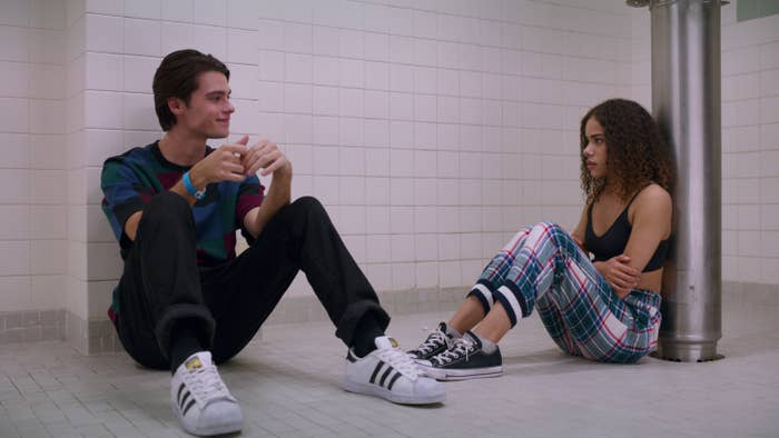 Marcus and Ginny hanging out in the bathroom at sophomore sleepover