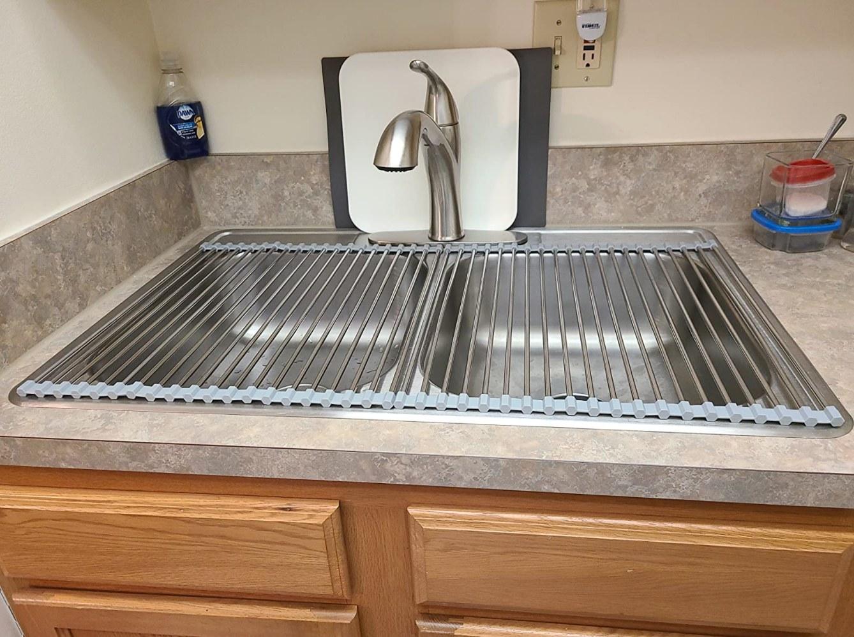 The dish drying rack