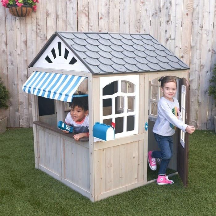 A kids playhouse