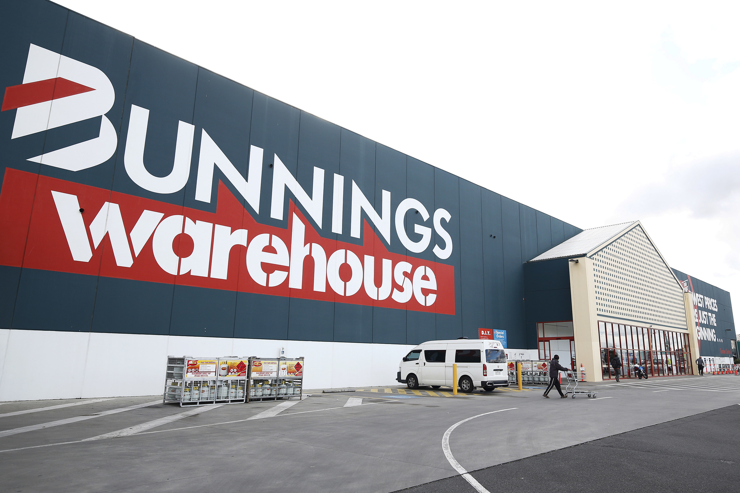A wide shot of the storefront of a Bunnings Warehouse