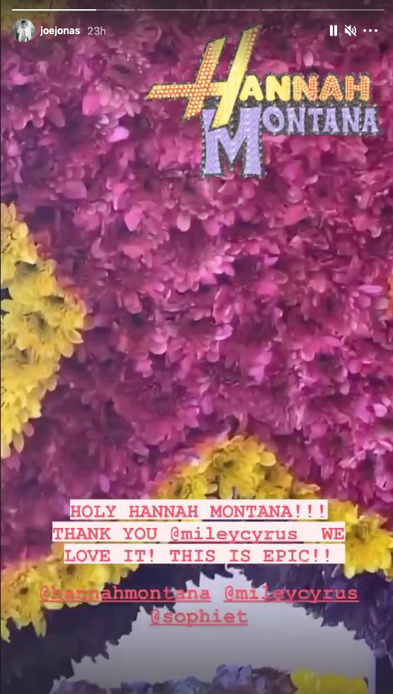 Joe Jonas and Sophie Turner's Hannah Montana bouquet