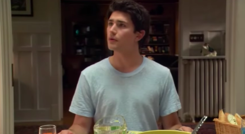 """Kyle sitting at the dinner table in """"Kyle XY"""""""