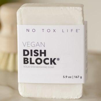 The white vegan dish block