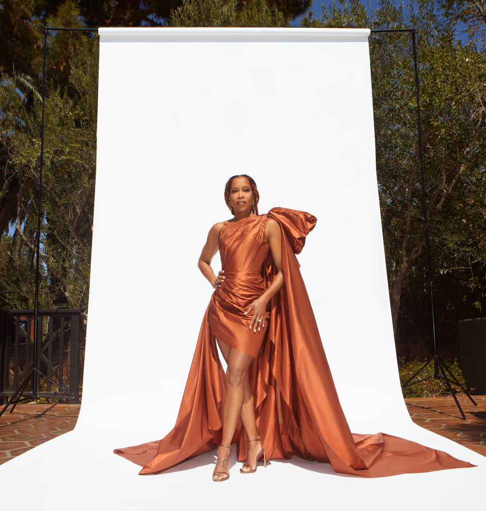 Regina King gets ready for the 52nd NAACP Image Awards