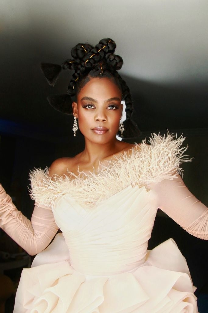 Novi Brown gets ready for the 52nd NAACP Image Awards